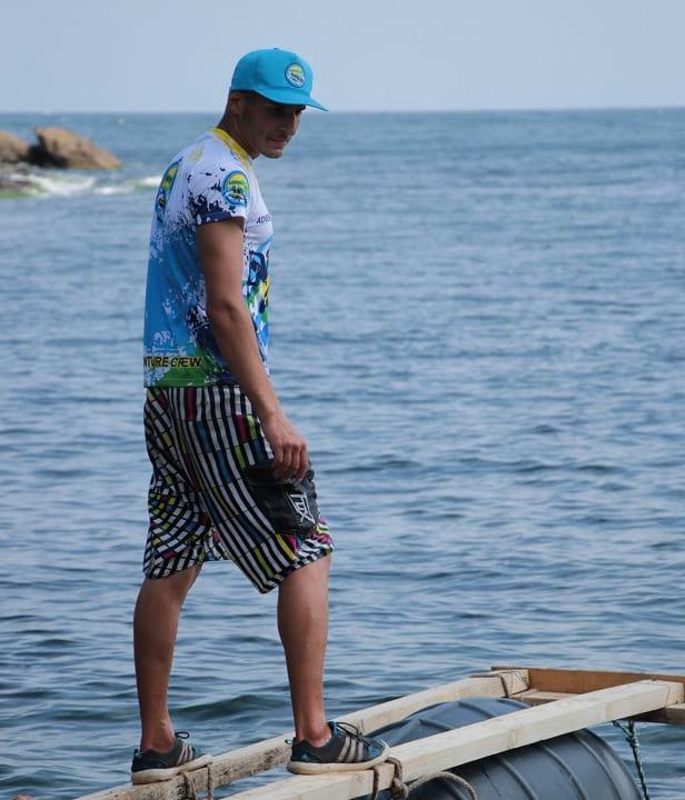 Сървайвър тиймбилдинг на море